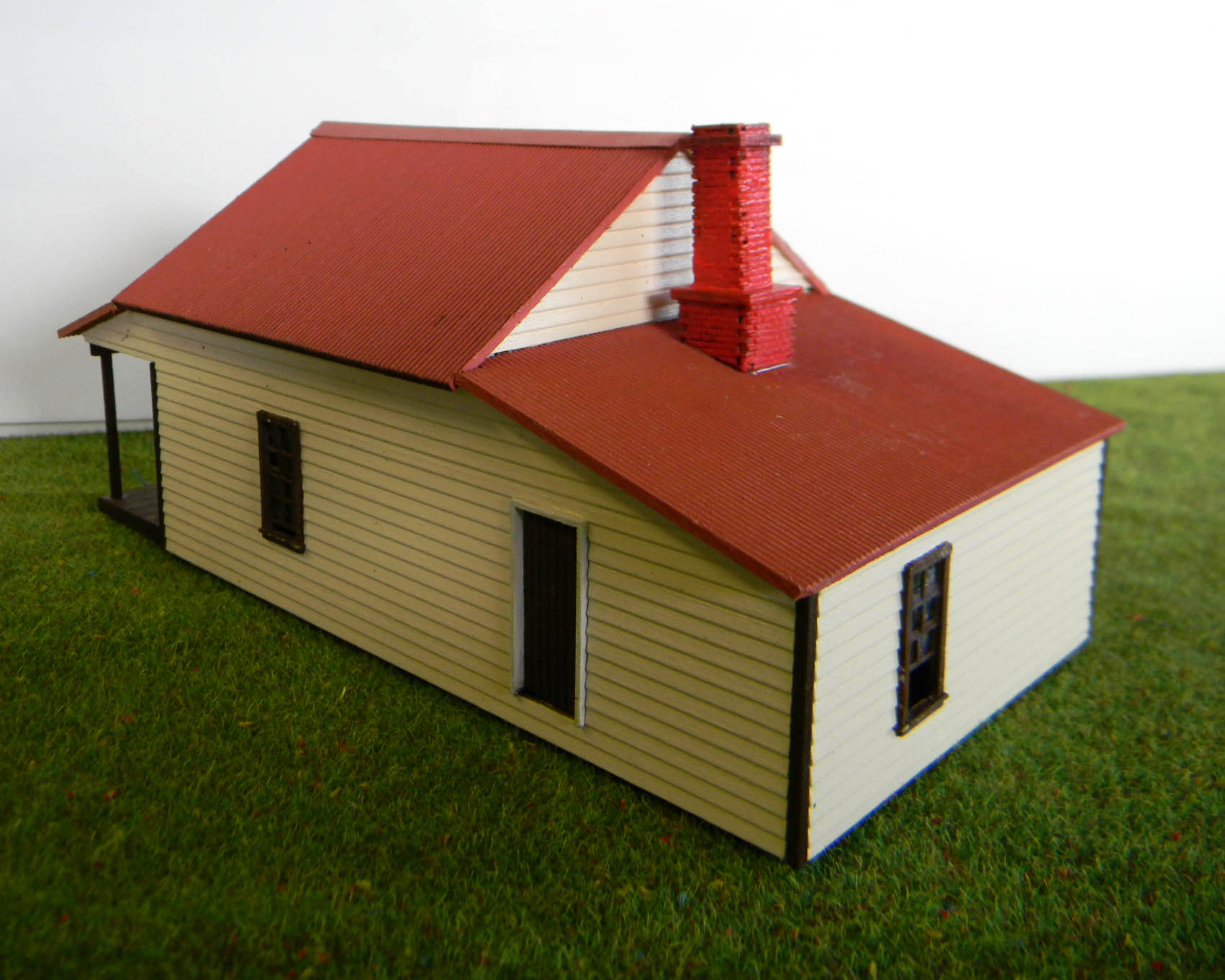 Miners Cottage Ho Scale on A House Frame Layouts